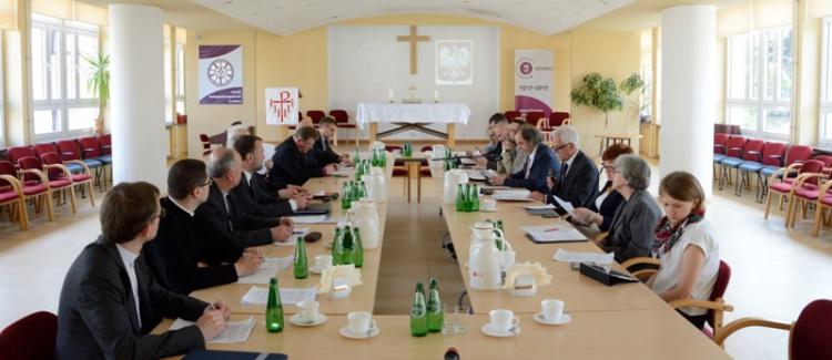 Obrady komisji PRE–rząd