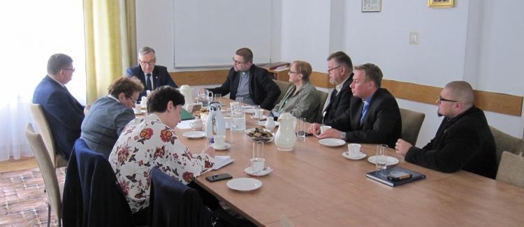 Spotkanie komisji diakonijnej z wiceministrem pracy
