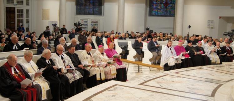 """Dwadzieścia lat deklaracji """"Sakrament chrztu znakiem jedności"""""""